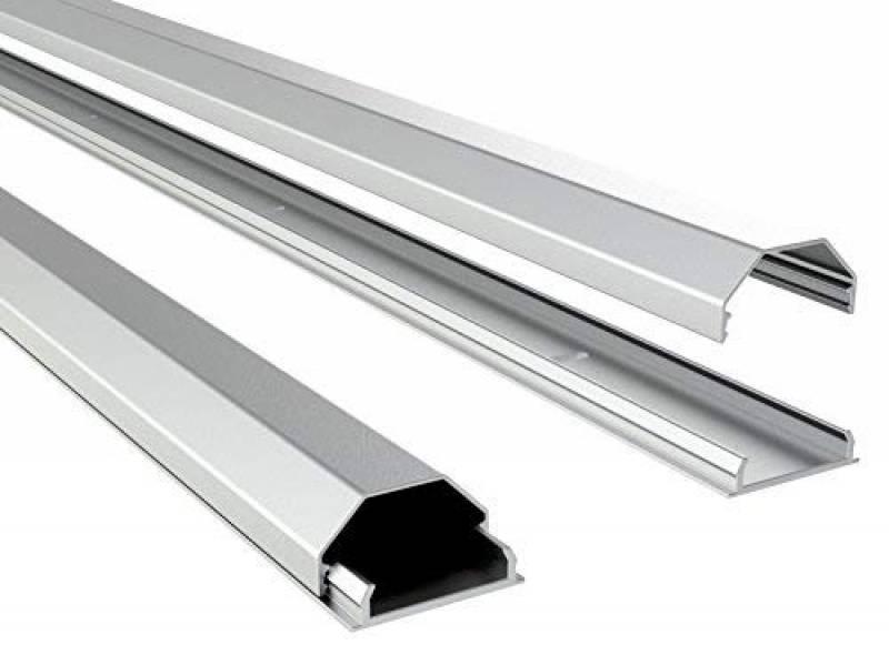 Canal design pour c/âble aluminium en argent mat Longueur: 160cm