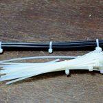 intervisio Collier de Serrage 200 mm x 2,5 mm, Attache Câble, Serre Câbles Rilsan Nylon, Colliers Serre-Cable 200mm, Blanc, Lot de 100 Pièces de la marque intervisio image 3 produit