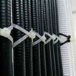 intervisio Collier de Serrage 200 mm x 2,5 mm, Attache Câble, Serre Câbles Rilsan Nylon, Colliers Serre-Cable 200mm, Blanc, Lot de 100 Pièces de la marque intervisio image 4 produit