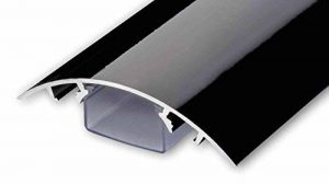 Line Cover Cache câbles pour des fils périphériques aluminium en Noir ultra brillant (Piano laqué) - Longueur: 30cm - ALUNOVO Multimedia N:ext de la marque ALUNOVO image 0 produit