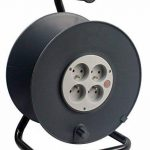 Zenitech - Enrouleur 4 prises 2P+T 16A vide à câbler + coupe-circuit de la marque Zenitech image 1 produit
